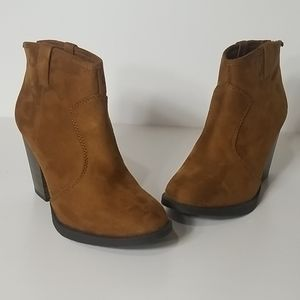 Soda Shoes Albert Bootie Boots, Size 8 1/2